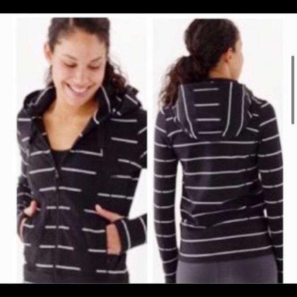 Lululemon sz 8 black and white stripped jacket